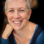 Author Fiona Robertson - Photo by Ursula Kelly